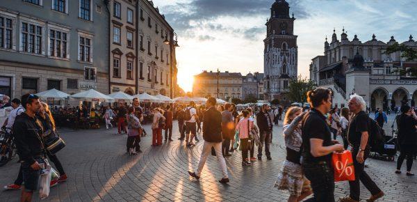 7 din 10 români nu merg în vacanță