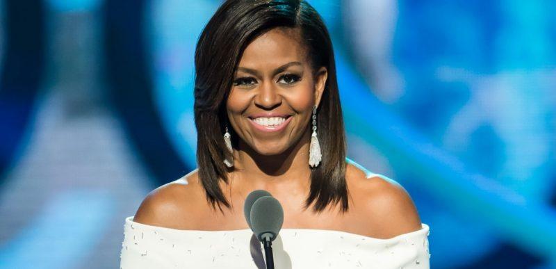 Michelle Obama îl atacă pe Trump, în noua ei carte