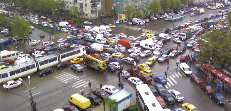 Bucureștiul moare sufocat; iar odată cu el murim și noi