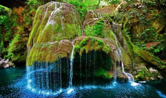 10 minuni ale naturii din România