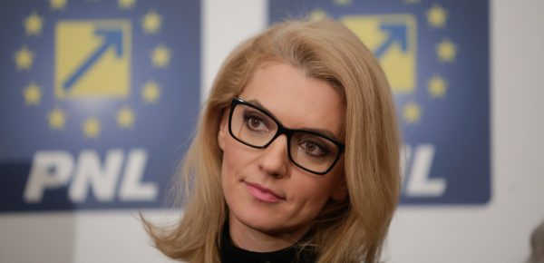 """Alina Gorghiu: """"Situația politică din acest moment e puturoasă"""""""