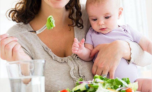 Alimentele recomandate pentru mamele care alăptează