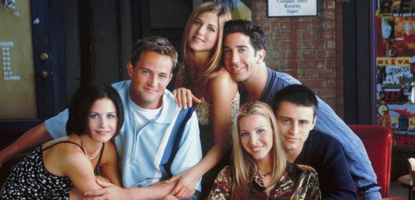"""10 secrete din culisele serialului """"Friends"""""""