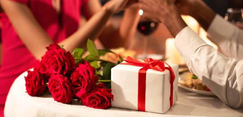 Valentine's Day: Idei de cadouri speciale pentru persoana iubită