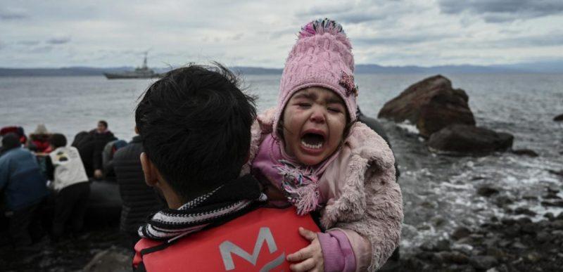 Criza refugiaților din Turcia și Grecia ia amploare