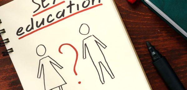 Legea privind orele de educație sexuală în școli, modificată de PNL și PSD