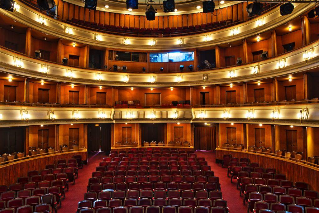 Teatrul Ioan Slavici Arad