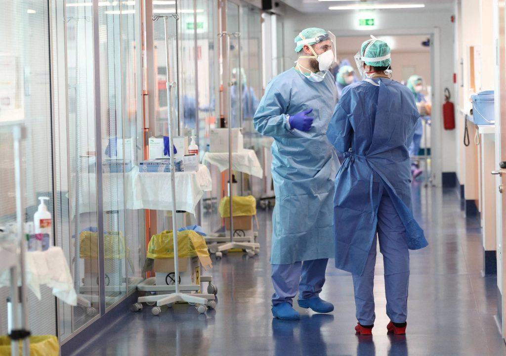 Asistenți medicali. locuri de muncă riscante