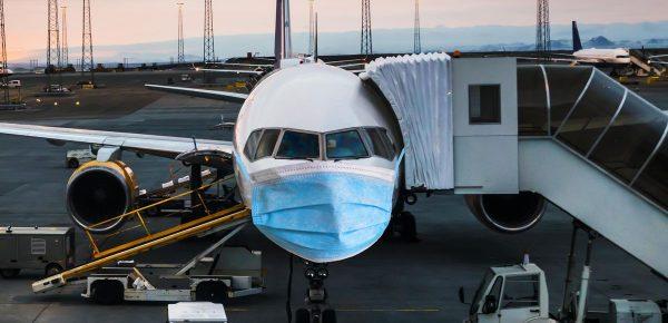 Călătoria cu avionul – sigură sau riscantă în această perioadă?