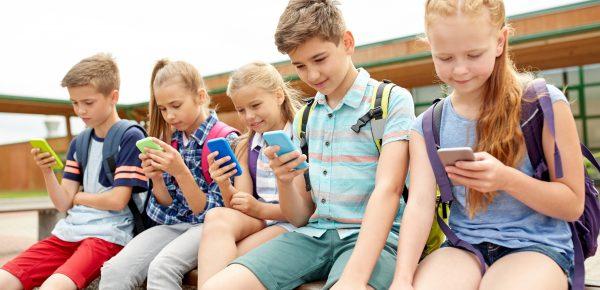 Efectele telefonului mobil asupra dezvoltării psihologice a copilului