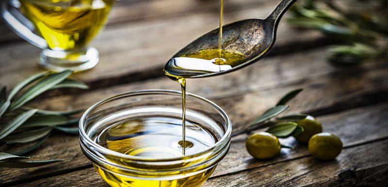 Uleiul de măsline: Top 11 beneficii pe care le poate aduce sănătății