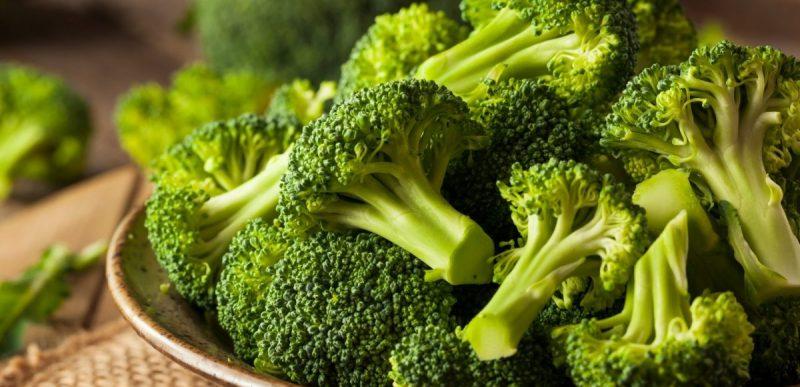 Broccoli: Top 14 beneficii pe care le poate aduce sănătății