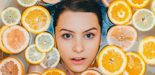 Vitamina C – beneficii pentru îngrijirea tenului