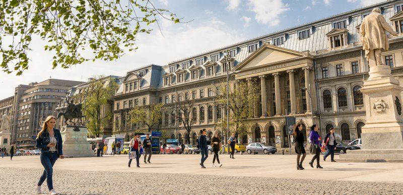 Marile universităţi din București vor începe cursurile în format hibrid